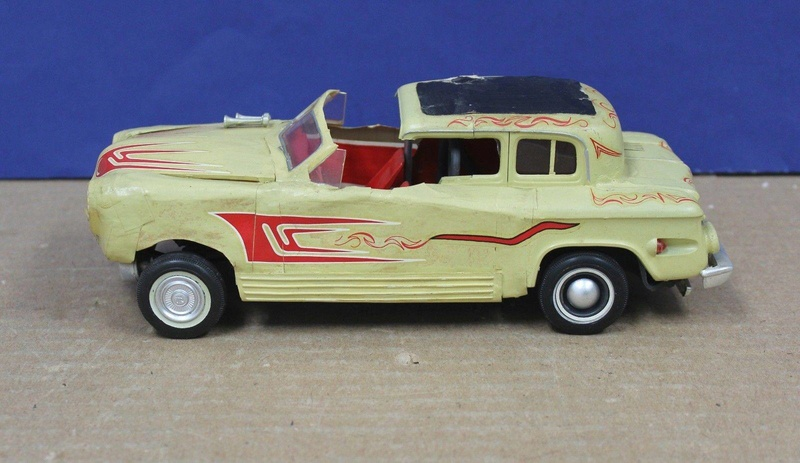 Vintage built automobile model kit survivor - Hot rod et Custom car maquettes montées anciennes - Page 8 18156710