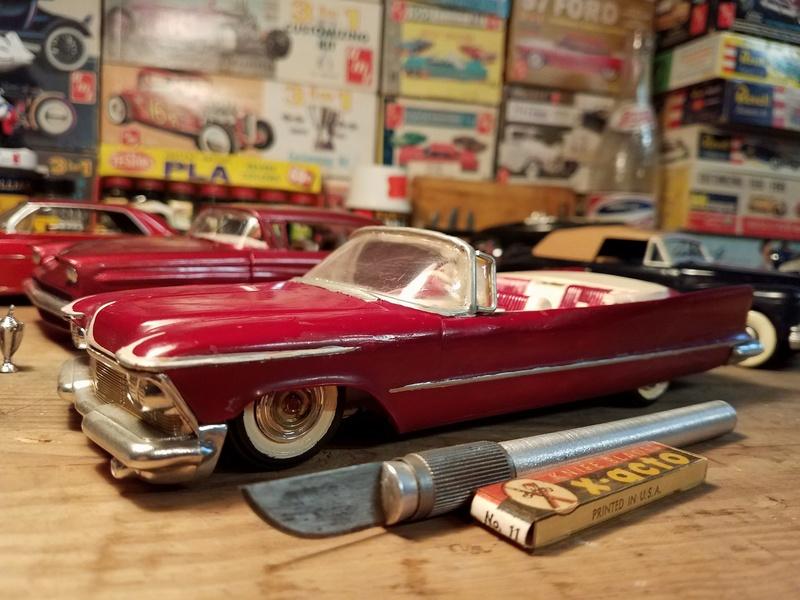 Vintage built automobile model kit survivor - Hot rod et Custom car maquettes montées anciennes - Page 8 18156810