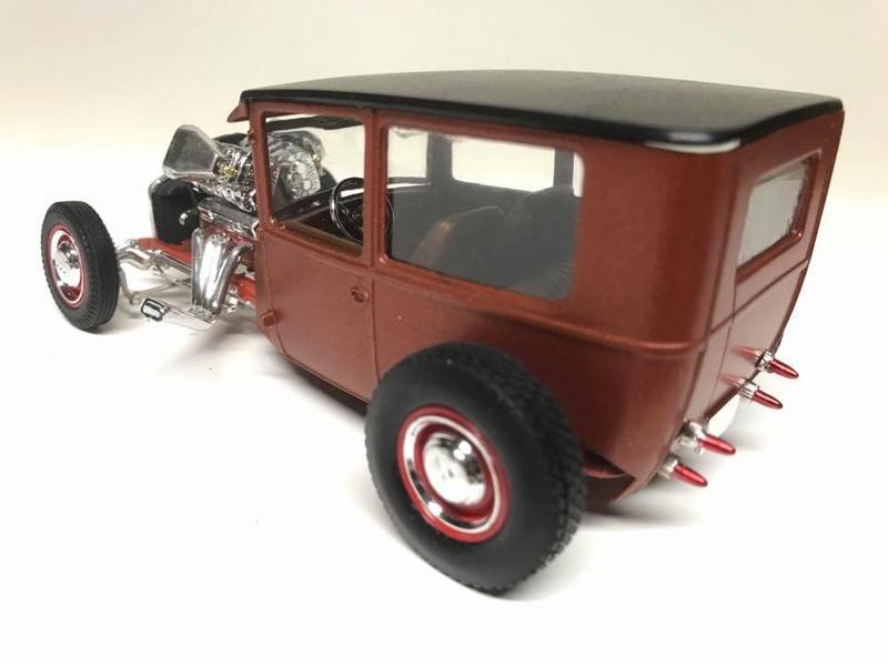 Vintage built automobile model kit survivor - Hot rod et Custom car maquettes montées anciennes - Page 9 18268512