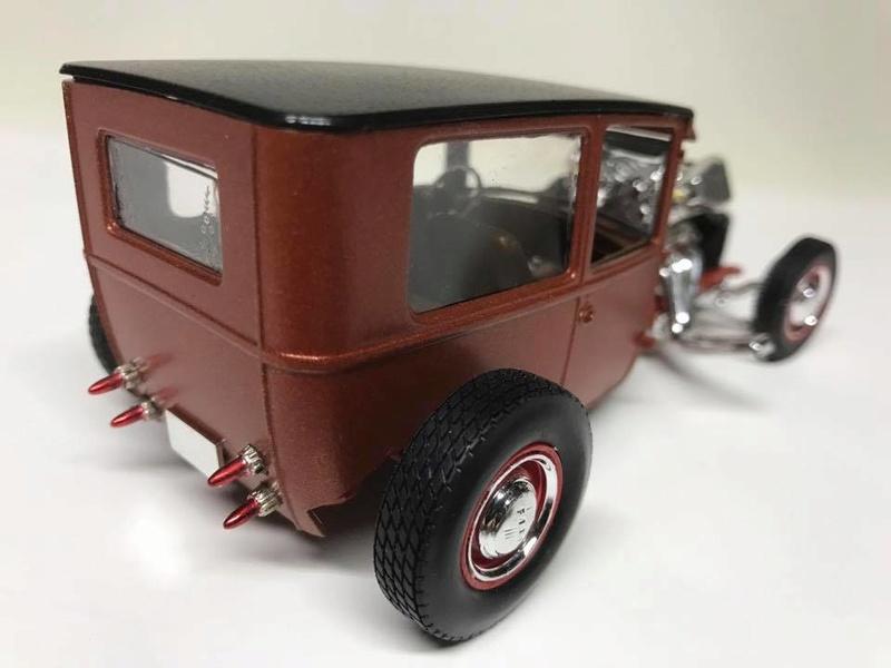 Vintage built automobile model kit survivor - Hot rod et Custom car maquettes montées anciennes - Page 9 18268610