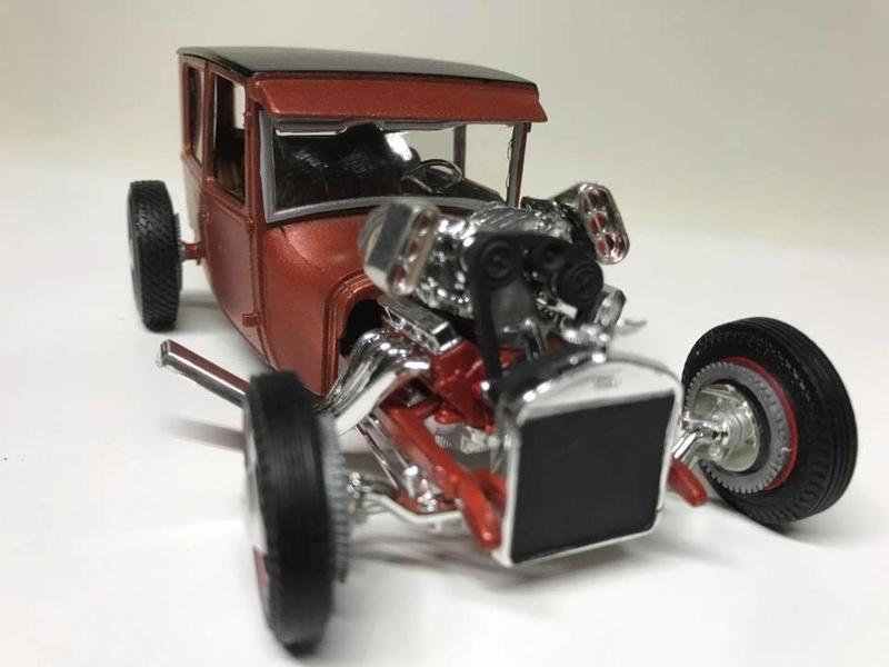 Vintage built automobile model kit survivor - Hot rod et Custom car maquettes montées anciennes - Page 9 18274711