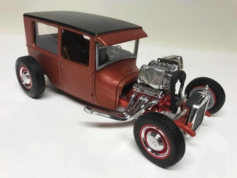 Vintage built automobile model kit survivor - Hot rod et Custom car maquettes montées anciennes - Page 9 18275111