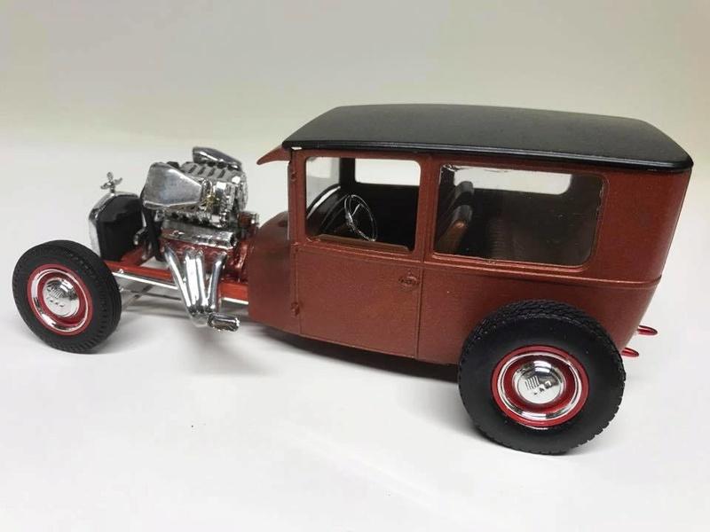 Vintage built automobile model kit survivor - Hot rod et Custom car maquettes montées anciennes - Page 9 18300811
