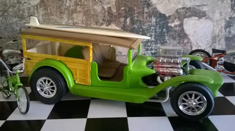 Vintage built automobile model kit survivor - Hot rod et Custom car maquettes montées anciennes - Page 9 18422310