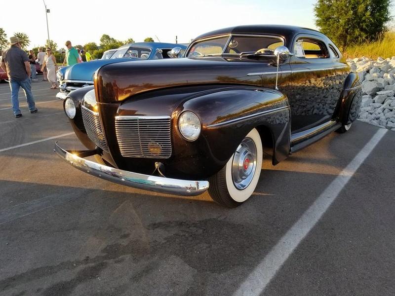 custom car revival in Indiana Juin 2017  June 2017 18920511