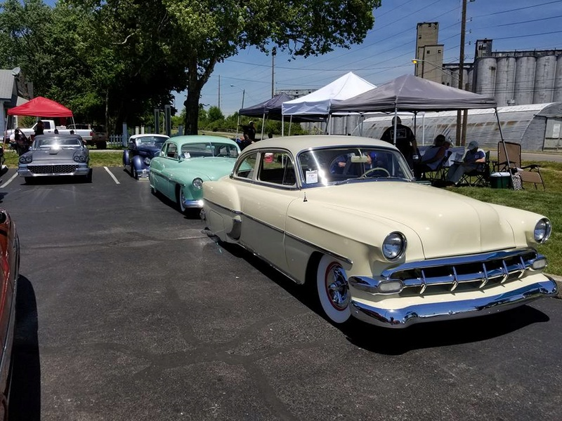 custom car revival in Indiana Juin 2017  June 2017 18920512