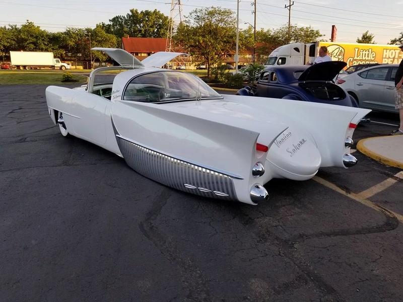 custom car revival in Indiana Juin 2017  June 2017 18951116