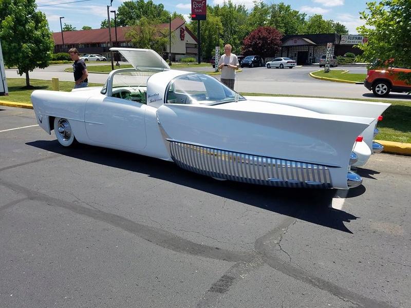 custom car revival in Indiana Juin 2017  June 2017 19030410