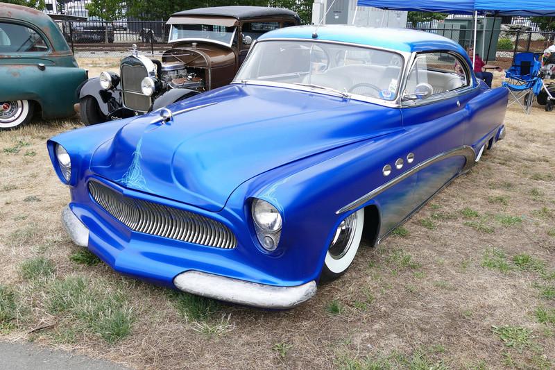 1953 Buick - Misfits Rod & Kustom Junkies 19783811