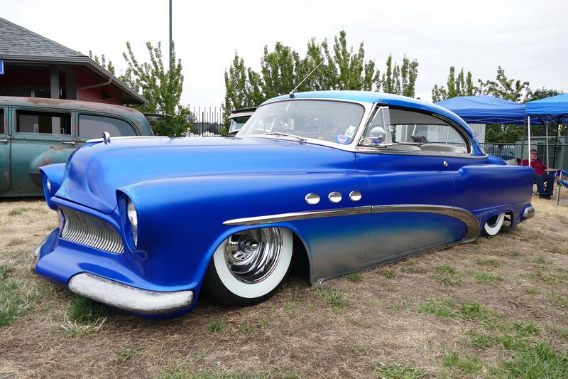 1953 Buick - Misfits Rod & Kustom Junkies 19783910