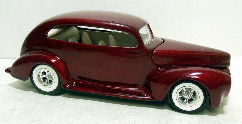Vintage built automobile model kit survivor - Hot rod et Custom car maquettes montées anciennes - Page 9 235