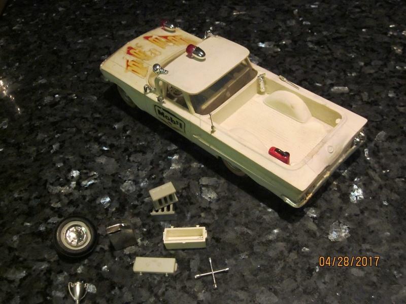 Vintage built automobile model kit survivor - Hot rod et Custom car maquettes montées anciennes - Page 9 2912
