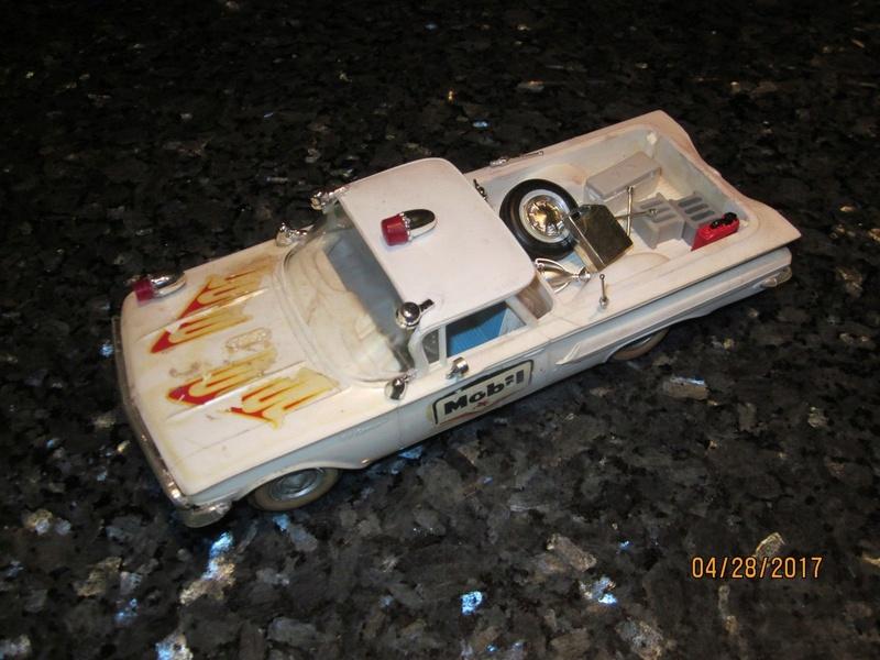 Vintage built automobile model kit survivor - Hot rod et Custom car maquettes montées anciennes - Page 9 3012