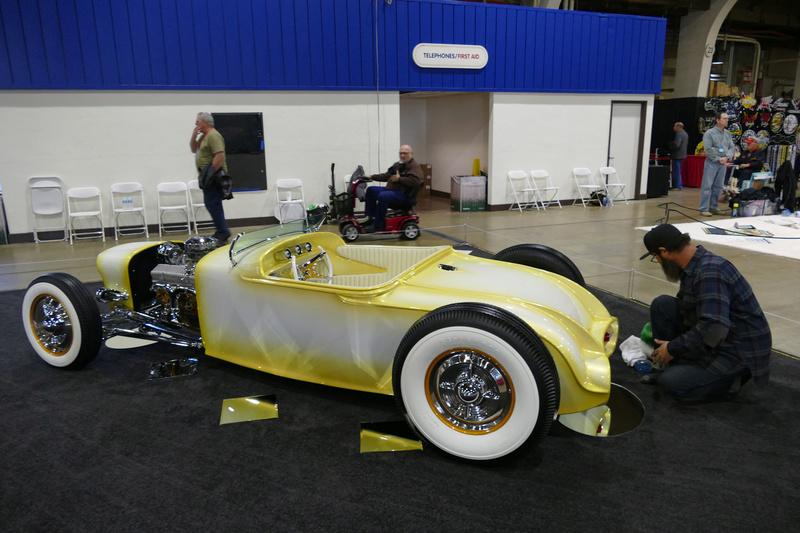 Fool's Goldster -Taylor Made - 1927 Dodge Roadster 32308010