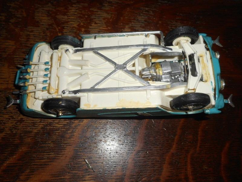 Vintage built automobile model kit survivor - Hot rod et Custom car maquettes montées anciennes - Page 8 324
