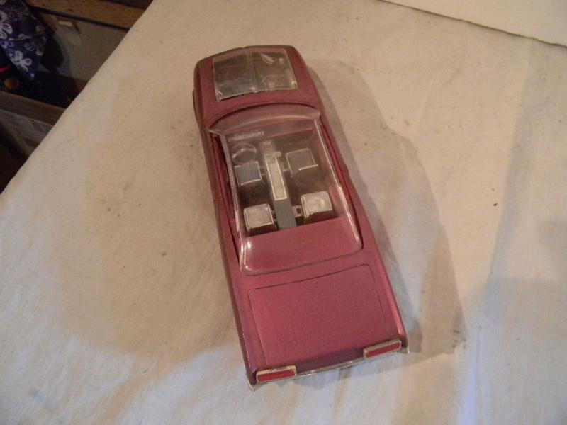 Vintage built automobile model kit survivor - Hot rod et Custom car maquettes montées anciennes - Page 9 327