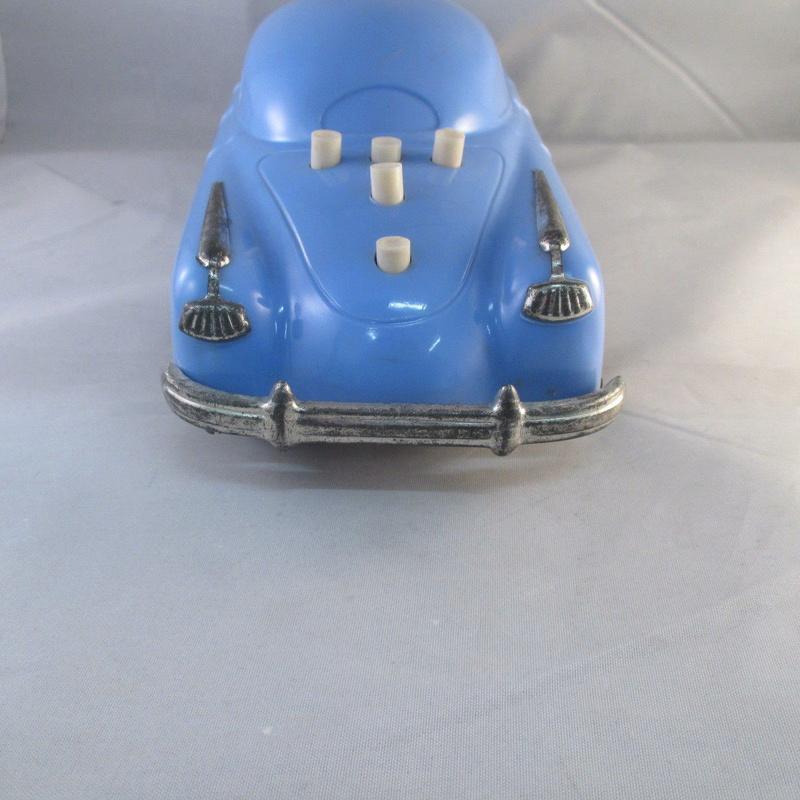 BELCO LUX KEY WIND FUTURISTIC PUSH BUTTON PLASTIC CAR 331