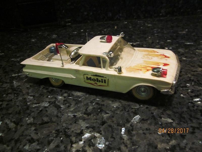 Vintage built automobile model kit survivor - Hot rod et Custom car maquettes montées anciennes - Page 9 3312