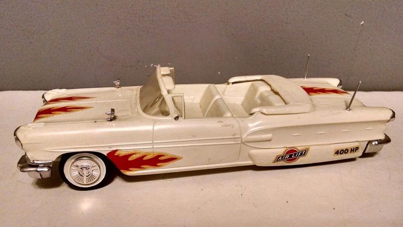 Vintage built automobile model kit survivor - Hot rod et Custom car maquettes montées anciennes - Page 9 3412