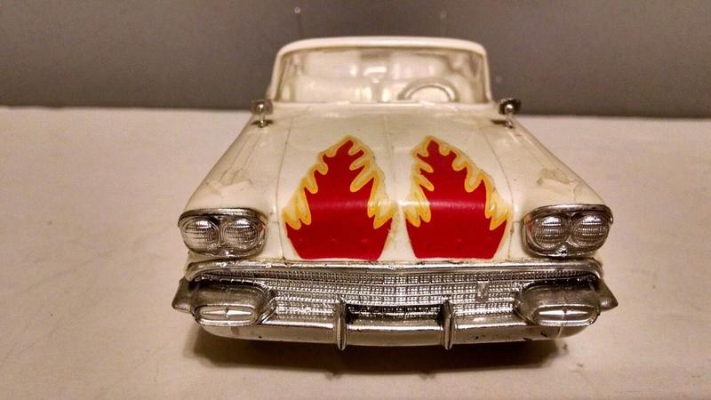 Vintage built automobile model kit survivor - Hot rod et Custom car maquettes montées anciennes - Page 9 3512