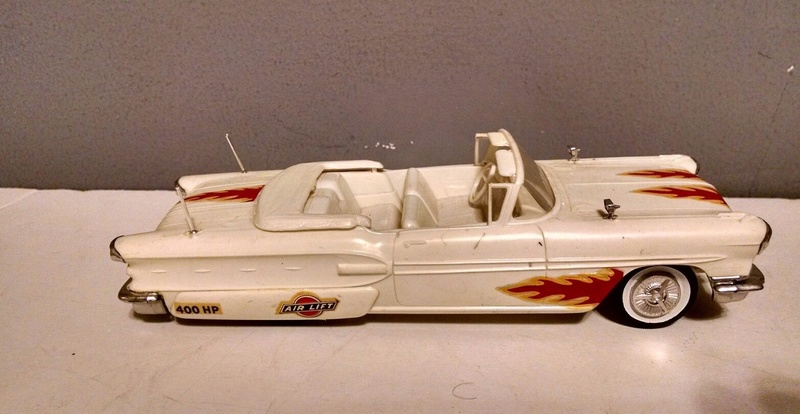 Vintage built automobile model kit survivor - Hot rod et Custom car maquettes montées anciennes - Page 9 3611