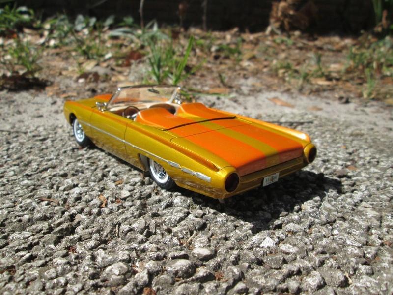Vintage built automobile model kit survivor - Hot rod et Custom car maquettes montées anciennes - Page 9 4110