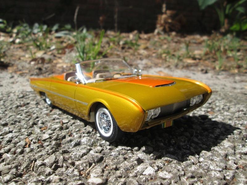 Vintage built automobile model kit survivor - Hot rod et Custom car maquettes montées anciennes - Page 9 4210