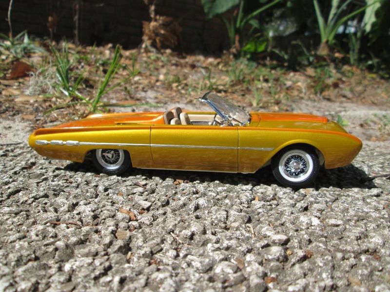 Vintage built automobile model kit survivor - Hot rod et Custom car maquettes montées anciennes - Page 9 4310
