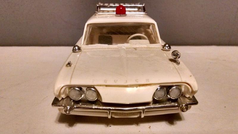 Vintage built automobile model kit survivor - Hot rod et Custom car maquettes montées anciennes - Page 9 4810