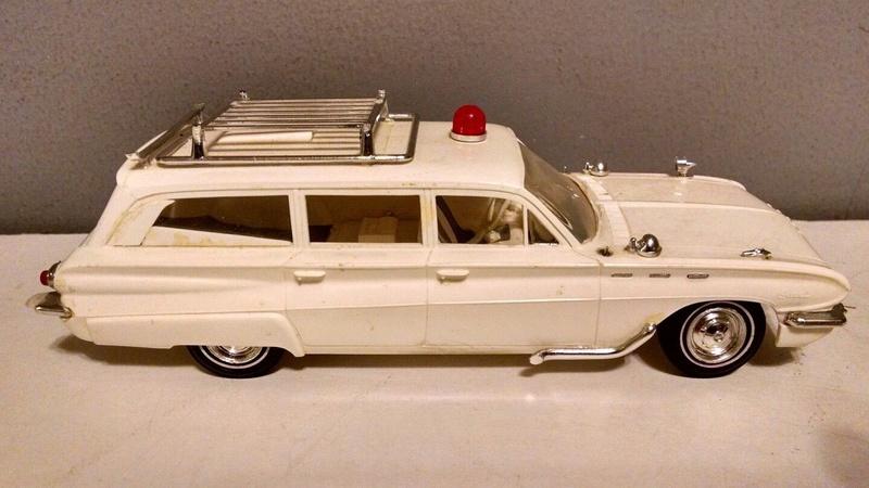 Vintage built automobile model kit survivor - Hot rod et Custom car maquettes montées anciennes - Page 9 4910