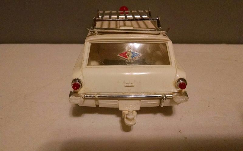 Vintage built automobile model kit survivor - Hot rod et Custom car maquettes montées anciennes - Page 9 5010