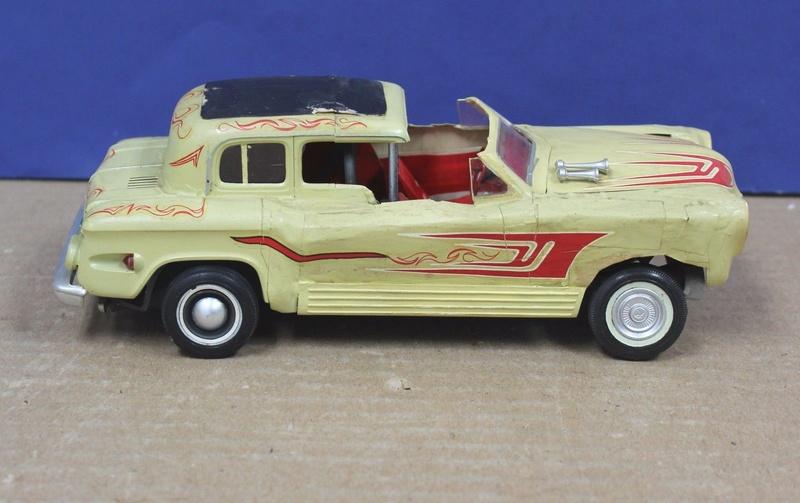 Vintage built automobile model kit survivor - Hot rod et Custom car maquettes montées anciennes - Page 8 523
