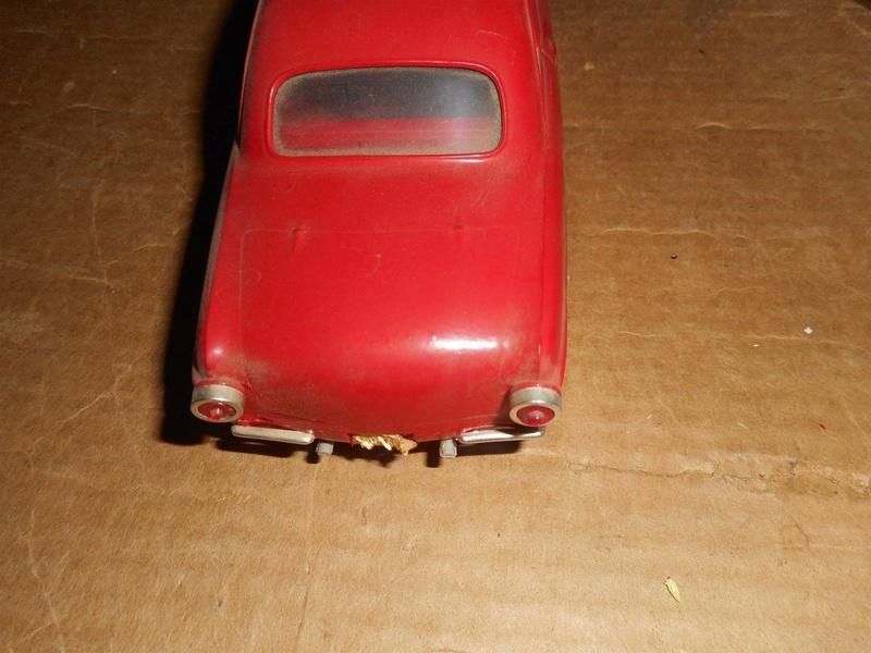 Vintage built automobile model kit survivor - Hot rod et Custom car maquettes montées anciennes - Page 8 526