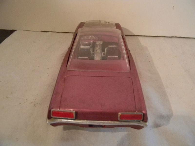 Vintage built automobile model kit survivor - Hot rod et Custom car maquettes montées anciennes - Page 9 530
