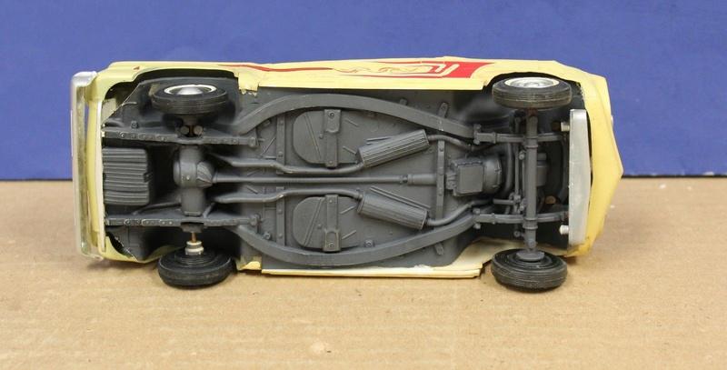 Vintage built automobile model kit survivor - Hot rod et Custom car maquettes montées anciennes - Page 8 822