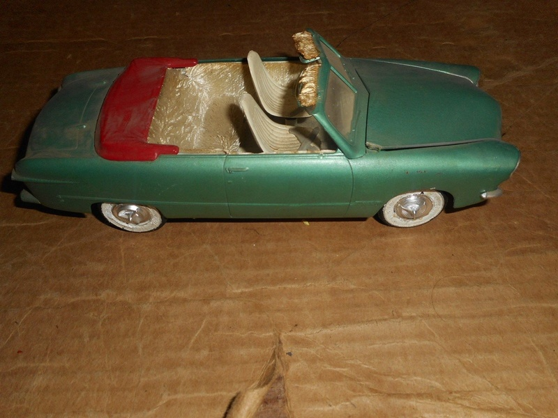 Vintage built automobile model kit survivor - Hot rod et Custom car maquettes montées anciennes - Page 9 825