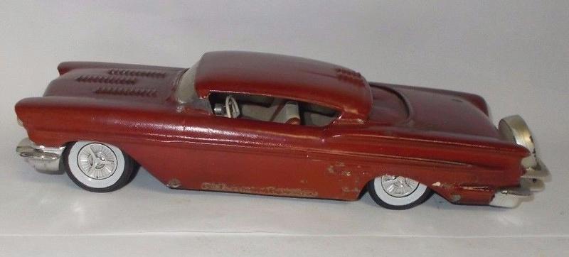 Vintage built automobile model kit survivor - Hot rod et Custom car maquettes montées anciennes - Page 9 924