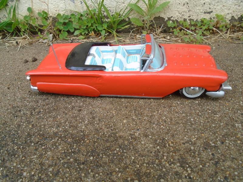 1958 Chevrolet Convertible customizing Kit annual Dsc06812