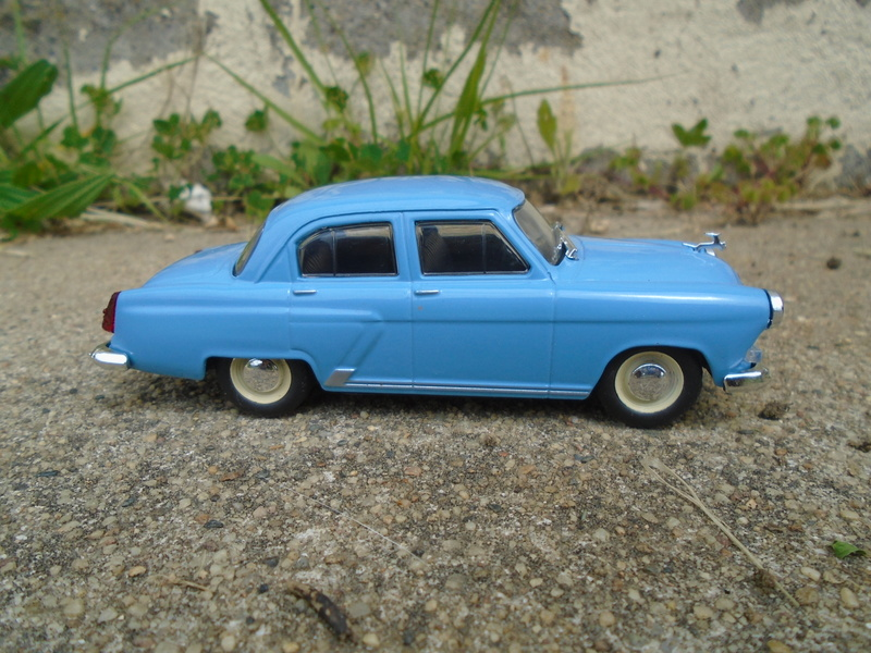 Voitures Russes 1/43 - IXO - Russian cars Dsc07312