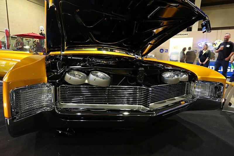 1966 Buick Riviera GS - Hot Rods & Custom Stuff Hot-ro13