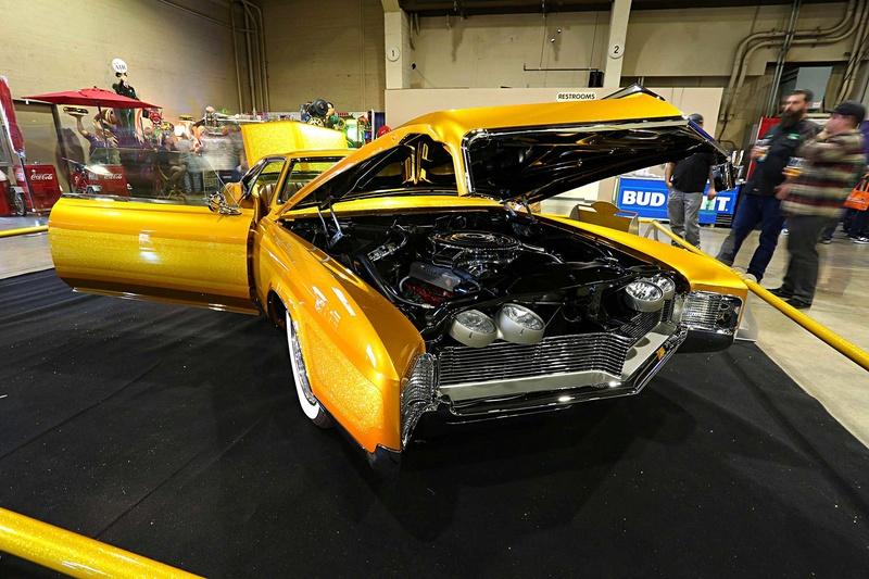 1966 Buick Riviera GS - Hot Rods & Custom Stuff Hot-ro15