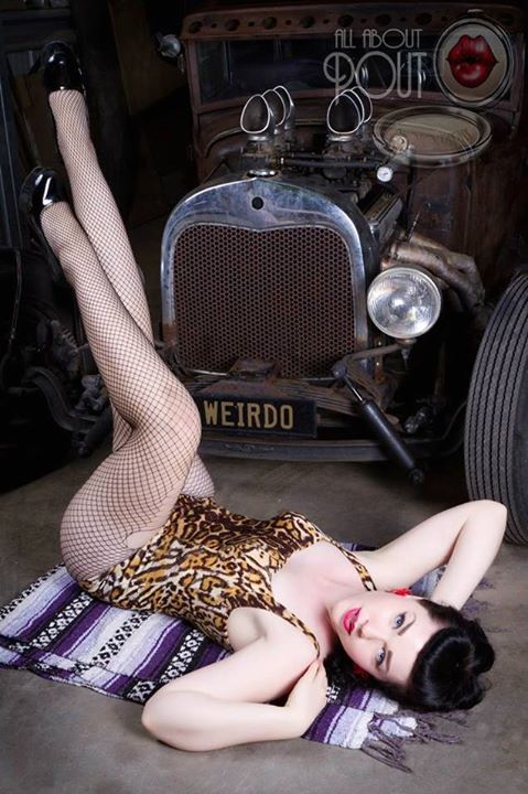 Hot Rod Pinup  - Page 5 17264910