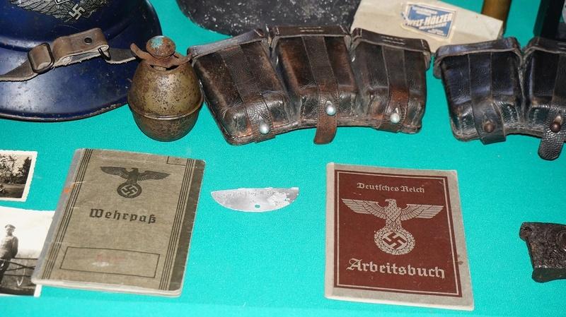 Ma modeste collection en allemand WW2 Dsc02852