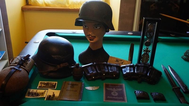 Ma modeste collection en allemand WW2 Dsc02858