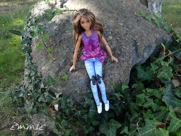 Barbie Made to Move Skateboarder  1715