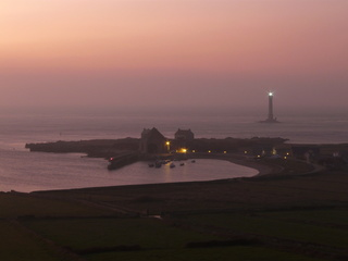 Variations naturelles près d'un phare au bout du monde P1010010
