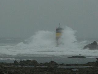 Variations naturelles près d'un phare au bout du monde P1080711