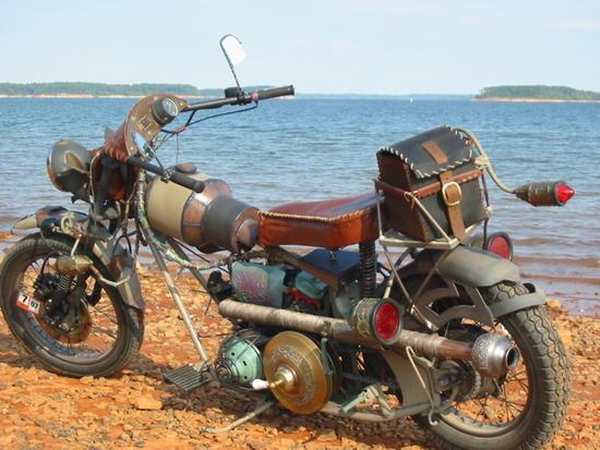 Motos , bizarres , excentriques ou barrées... 145lak10