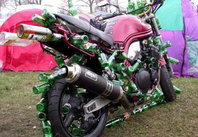Motos , bizarres , excentriques ou barrées... 14852410
