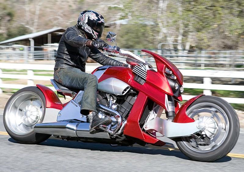 Motos , bizarres , excentriques ou barrées... 2012tr11